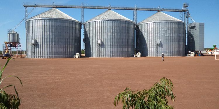 3 Silos de Base Plana en Matala (Angola)
